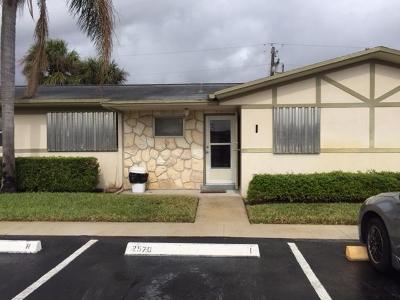 West Palm Beach Single Family Home For Sale: 2570 Barkley Drive E #I