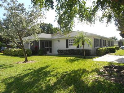 Boynton Beach Single Family Home For Sale: 10076 41st Drive #200