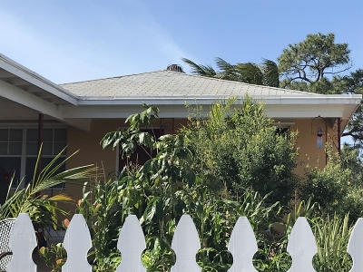 Lake Worth Single Family Home Contingent: 417 F Street