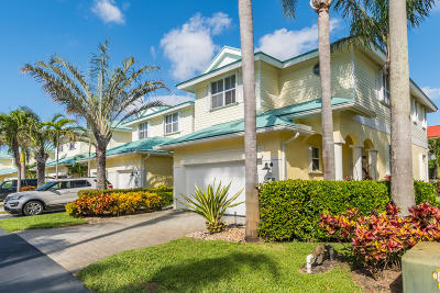 Lake Worth Townhouse For Sale: 159 Barefoot Cove