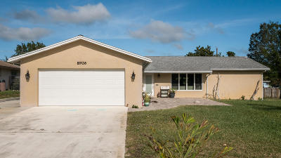 Hobe Sound Single Family Home For Sale: 8926 SE Bahama Circle