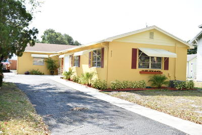 Lake Worth Single Family Home For Sale: 221 S Federal Highway