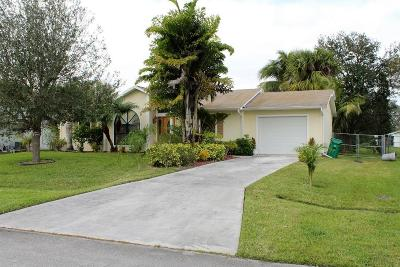 Port Saint Lucie Single Family Home For Sale: 261 SW Holden Terrace