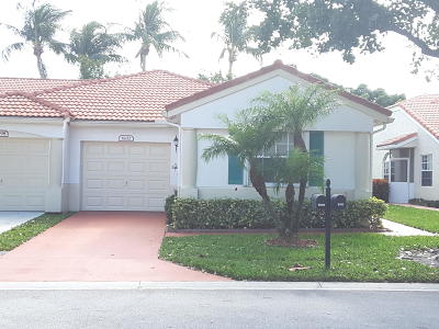 Delray Beach Single Family Home For Sale: 6102 Lake Hibiscus Drive