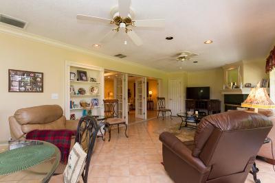 Atlantis Single Family Home For Sale: 652 Cypress Key Circle
