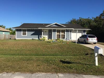 Port Saint Lucie Single Family Home For Sale: 231 SW Statler Avenue