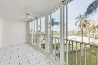 Highland Beach Condo For Sale: 3300 S Ocean Boulevard #421c