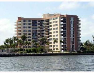 West Palm Beach FL Condo For Sale: $154,000