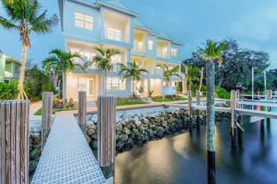 North Palm Beach Townhouse For Sale: 1051 Harbor Villas Dr