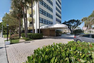 West Palm Beach Condo For Sale: 1501 S Flagler Drive #9d