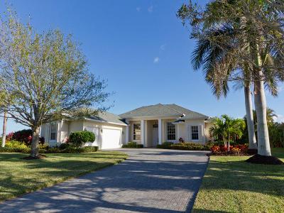Sebastian Single Family Home For Sale: 106 Blue Heron Way