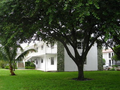 Lake Worth Condo For Sale: 1733 Third Avenue Avenue #20