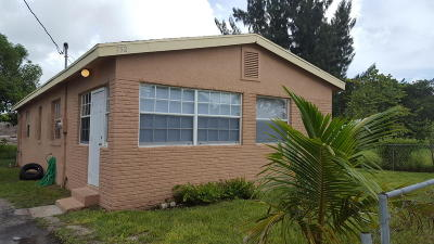 West Palm Beach Single Family Home For Sale: 752 W 10th Street