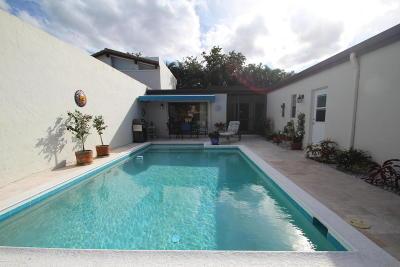 Boynton Beach Single Family Home For Sale: 5416 Stonybrook Drive