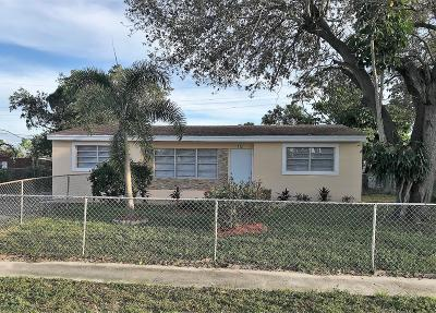 Lake Worth Single Family Home For Sale: 412 Tuskegee Drive