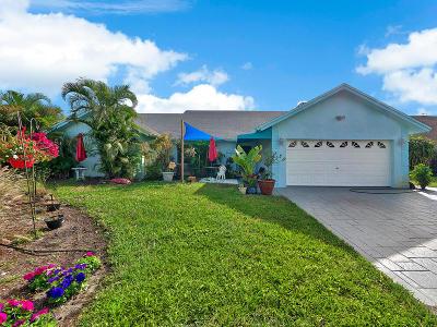 Delray Beach Single Family Home For Sale: 702 Mallard Drive