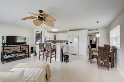Delray Beach Single Family Home For Sale: 139 Waterfort F