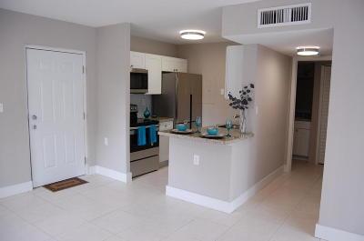 West Palm Beach Condo For Sale: 1080 Benoist Farms Road #108
