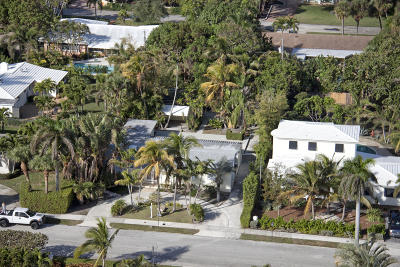 West Palm Beach Single Family Home For Sale: 129 Summa Street