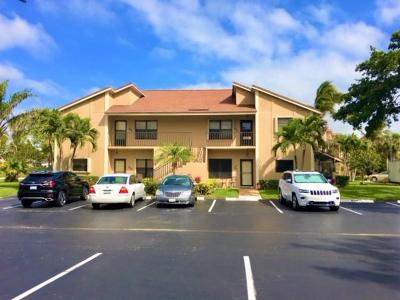 Jupiter Condo For Sale: 301 Clubhouse Circle