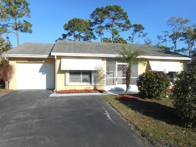 Lake Worth Single Family Home For Sale: 7099 Pine Manor Drive
