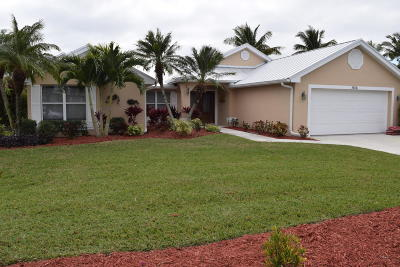 Port Saint Lucie Single Family Home For Sale: 1106 SE Mitchell Avenue