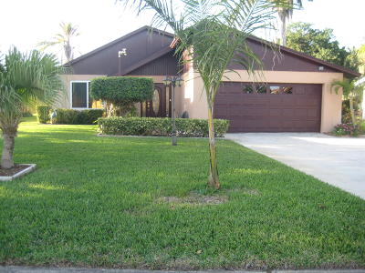 West Palm Beach Single Family Home For Sale: 1621 Woods Bend Road