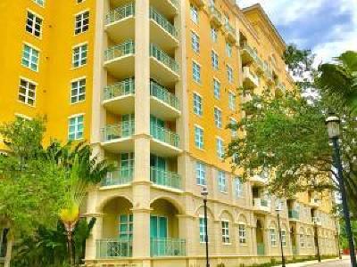 West Palm Beach Condo For Sale: 403 S Sapodilla Avenue #106