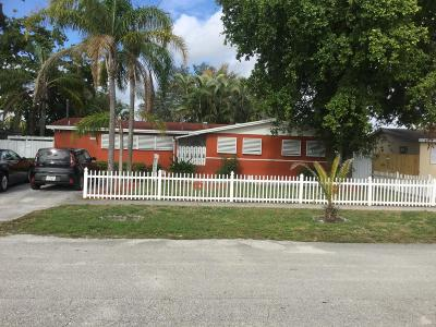 West Palm Beach Single Family Home For Sale: 5039 Marion Place