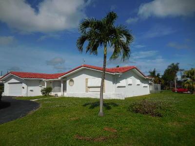 Deerfield Beach Single Family Home For Sale: 1318 SE 14th Terrace