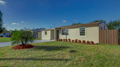 Lake Worth Single Family Home For Sale: 3022 Vassallo Avenue