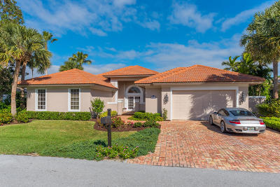 Tequesta Single Family Home For Sale: 8791 SE Water Oak Place