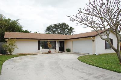 Tequesta Single Family Home Contingent: 126 Chapel Lane