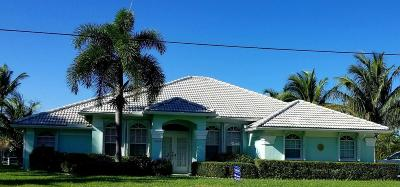 Hobe Sound Single Family Home For Sale: 9145 SE Delafield Street