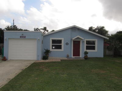 Lake Worth Single Family Home For Sale: 4932 Dolphin Drive