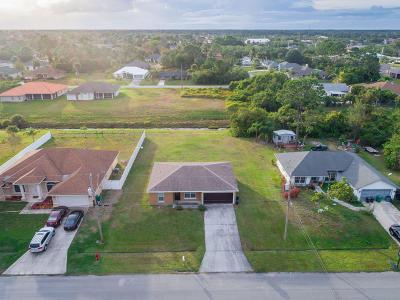 Port Saint Lucie Single Family Home For Sale: 4008 SW Halcomb Street