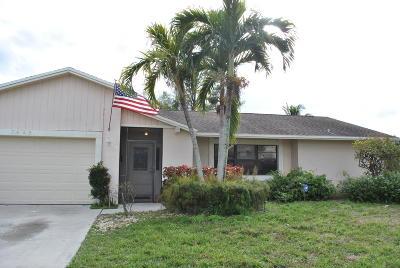 Lake Worth Single Family Home For Sale: 7482 Hazelwood Circle
