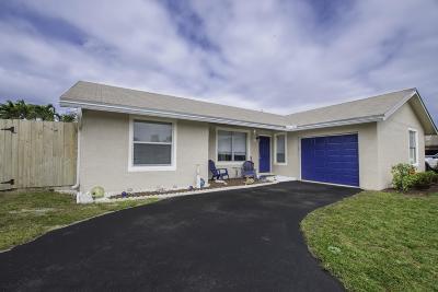 Boca Raton Single Family Home For Sale: 9511 Richmond Circle