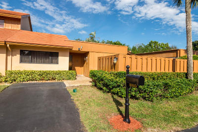 Boynton Beach Single Family Home For Sale: 5325 Stonybrook Lane