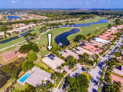 West Palm Beach Single Family Home For Sale: 7977 Cranes Pointe Way