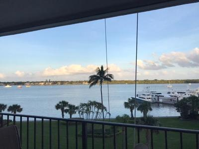 North Palm Beach Condo Contingent: 124 Lakeshore Drive #531