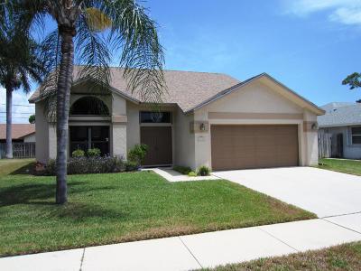 Lantana Single Family Home For Sale: 1305 W Indies Way
