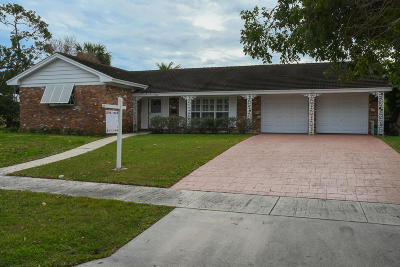 North Palm Beach Single Family Home Contingent: 530 Oyster Road