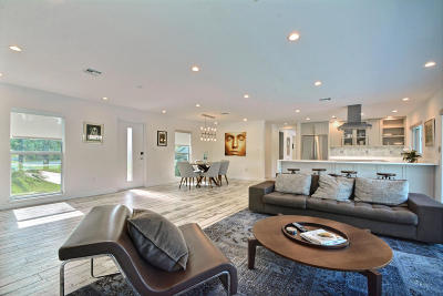 Vero Beach Single Family Home For Sale: 965 Tulip Lane