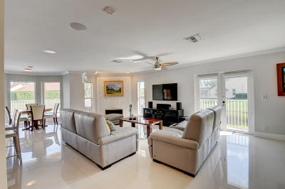 Boca Raton Single Family Home Contingent: 1420 S Parkside Circle S