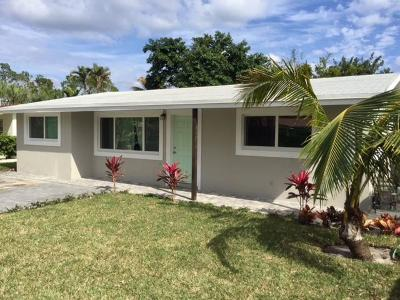 Lantana Single Family Home For Sale: 808 S Lake Drive
