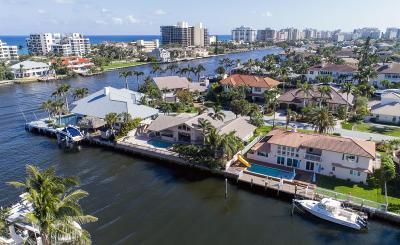 Single Family Home For Sale: 953 Hyacinth Drive