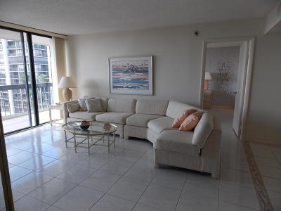 West Palm Beach Condo For Sale: 2425 Presidential Way #705