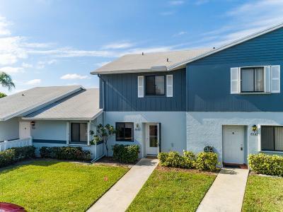 West Palm Beach Condo For Sale: 2641 W Gately Drive #2502