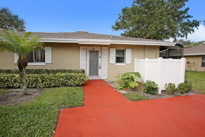Boca Raton Single Family Home For Sale: 8776 Tyrone Terrace